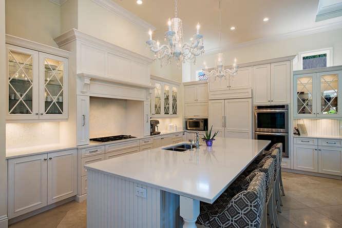 2558-escada-court-naples-fl-small-015-15-kitchen-666x445-72dpi