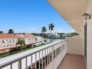 3000-gulf-shore-blvd-n-1103-naples-fl-34103-patio-view